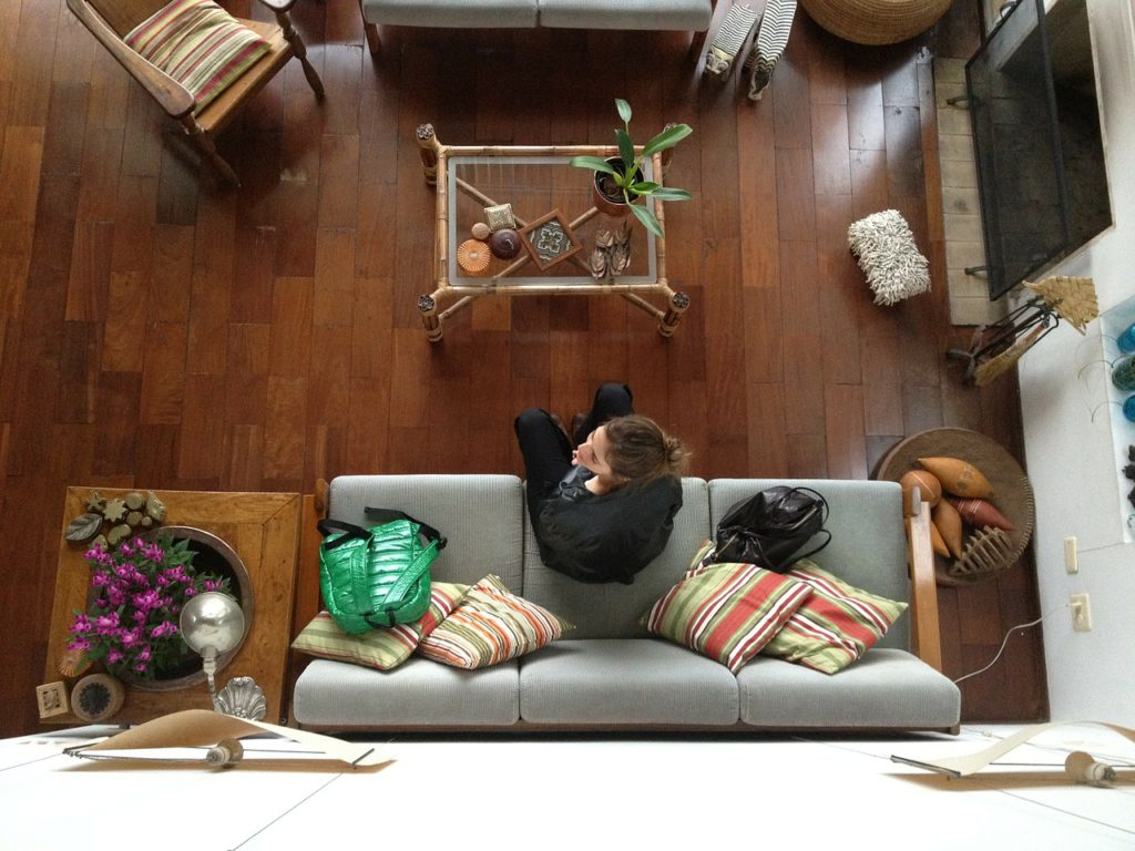 Best Small Sofas for Small Spaces and Apartments In 2020 ...